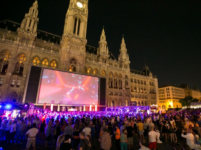 Vienna Summerbreak Festival - Rathausplatz - your key to vienna´s nightlife