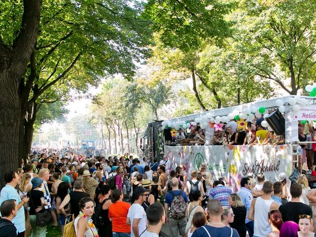 Vienna Summerbreak Festival - Streetparade - your key to vienna´s nightlife